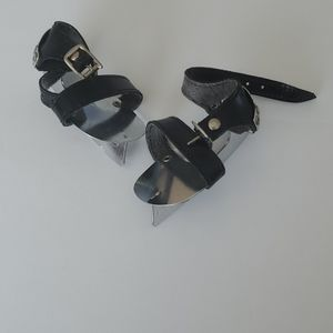 ICE SKATES FOR DOLL OR STUFFED ANIMAL